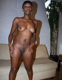ebony porn pics mature